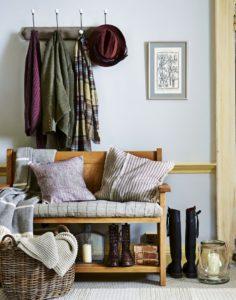 мебель в стиле кантри для прихожей