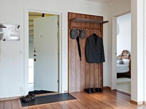 открытая вешалка для одежды