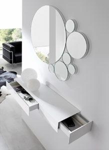 настенное зеркало в стиле минимализм