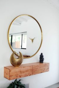 зеркало в коридор п фен-шую