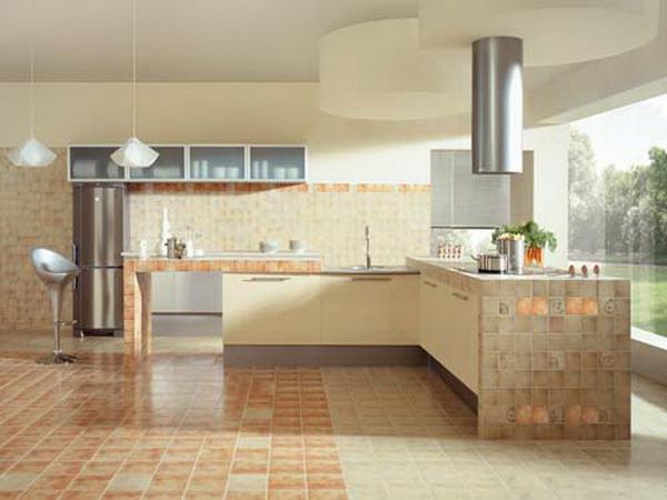 интерьер кухни с керамической плиткой