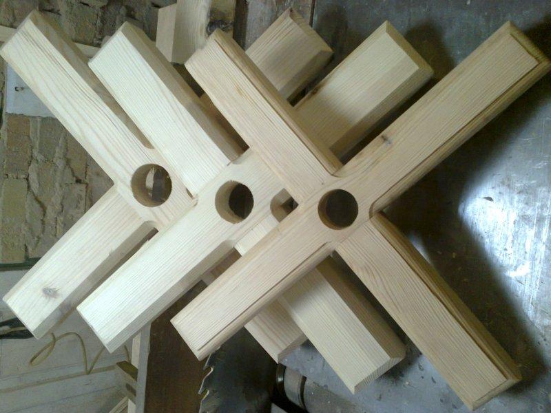крестовина из дерева