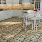 необычная керамическая плитка на кухне