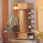 шкафчик-вешалка с угловой секцией