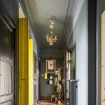 Дизайнерское решение узкого коридора