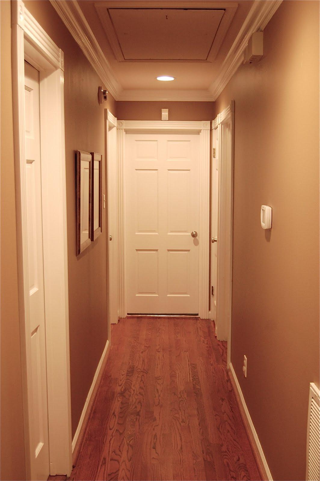 коридор в персиковом цвете