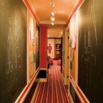 грифельная доска в коридоре