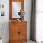 тумба из дерева с зеркалом