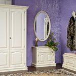 Контраст стен и мебели