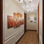 дизайн коридора с модульными картинами