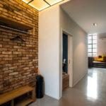 каменная кладка в коридоре