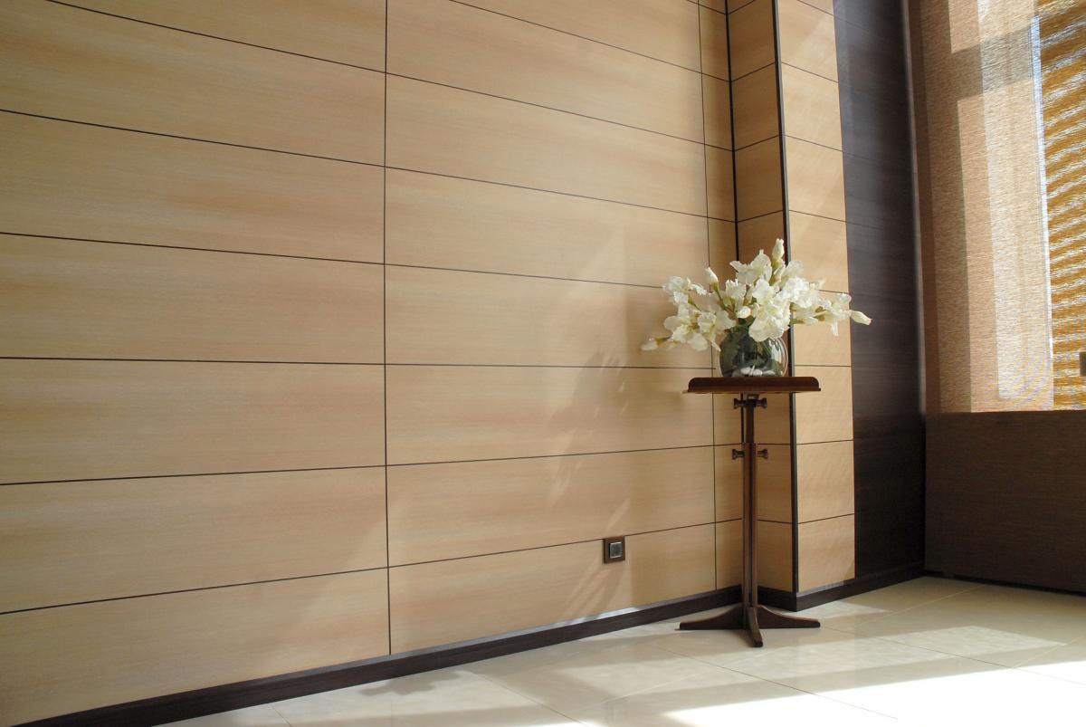 отделка стен ПВХ-панелями