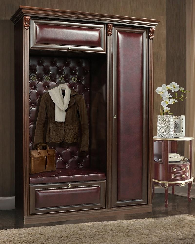 Классическая мебель с каретной стяжкой в прихожую.
