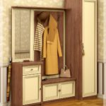 Классический шкаф-вешалка для прихожей.