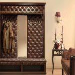 Мебель с кожаной каретной стяжкой.