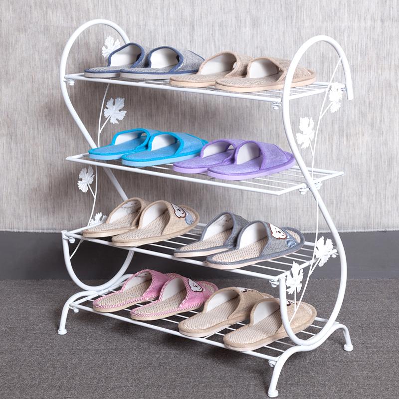 Металлическая тумба для обуви.