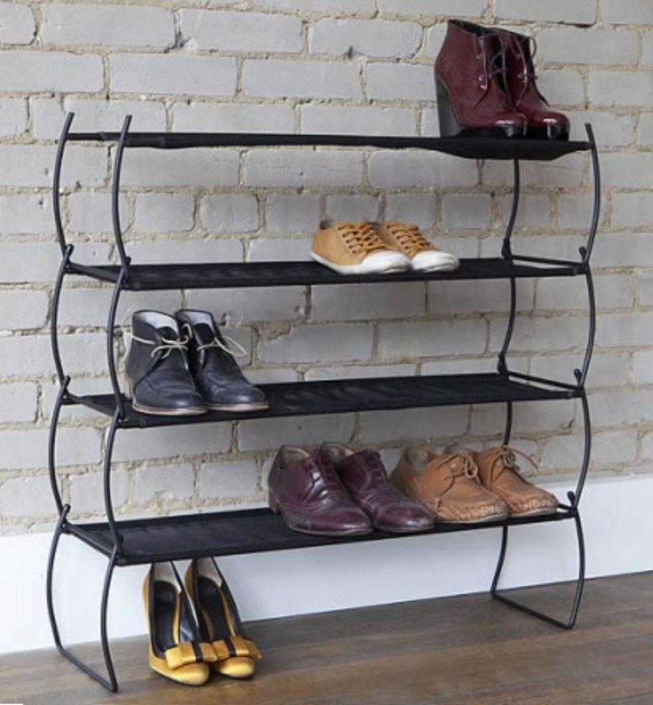 обувница в коридоре