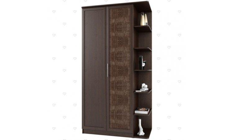Шкаф с кожаной дверцей