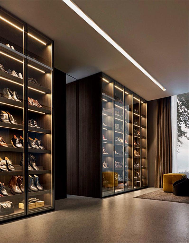 Шкаф-купе для обуви в прихожую.