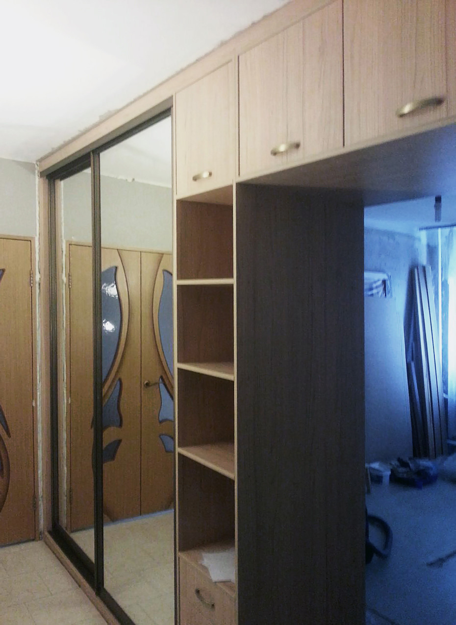 большой шкаф перегородка