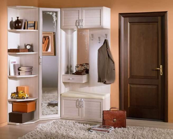 Шкаф-вешалка для прихожей.