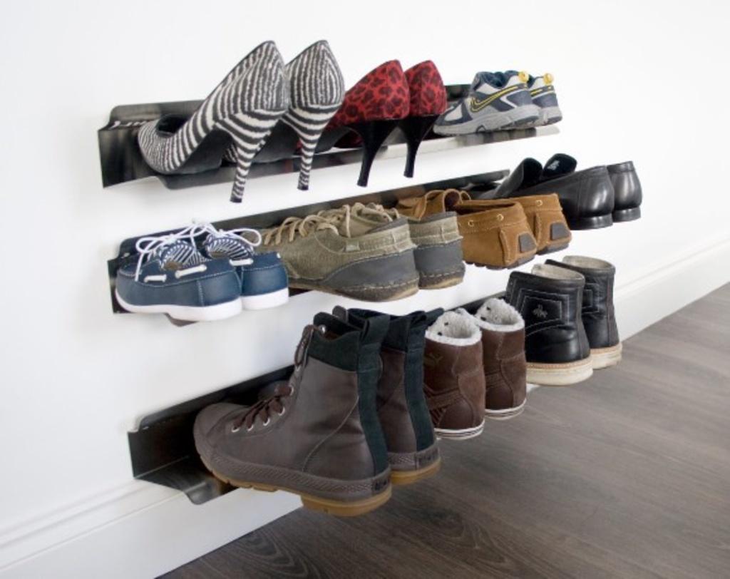 Стелаж для обуви в прихожей
