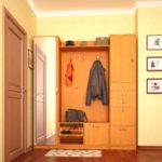 Узкий встроенный шкаф в коридор.