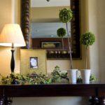декоративные растения в прихожей