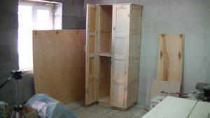 процесс сборки шкафа