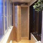 шкаф-гармошка на балконе