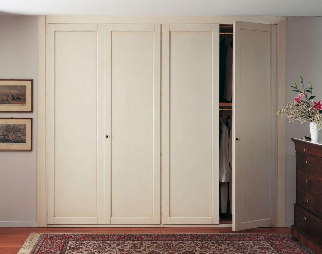встроенный распашной шкаф