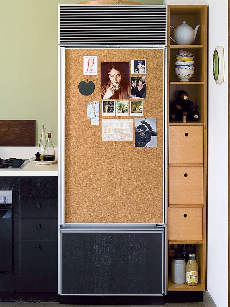 Задекорированный холодильник