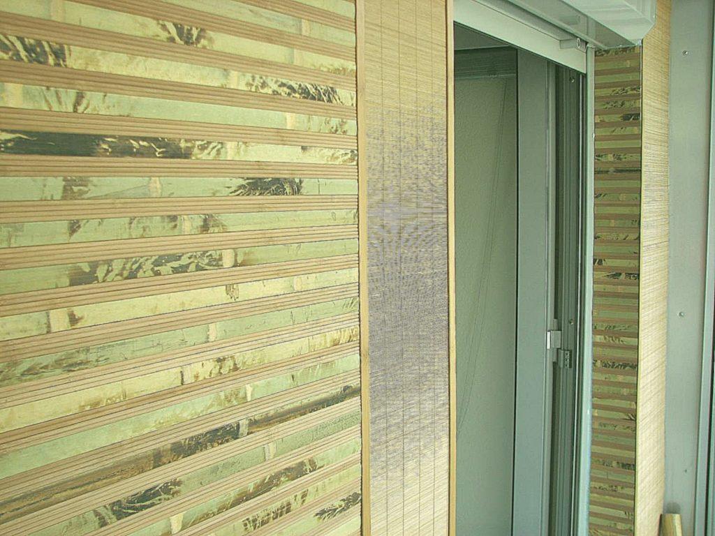 дизайн прихожей из бамбуковых обоев