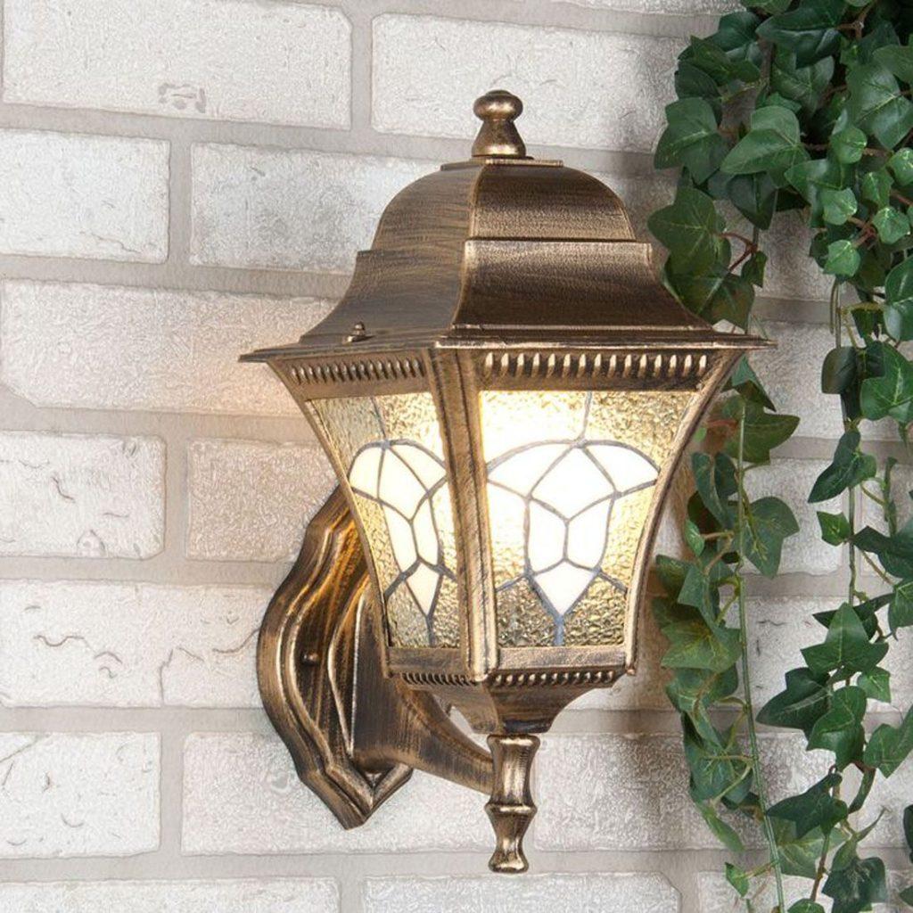светильник в форме уличного фонаря